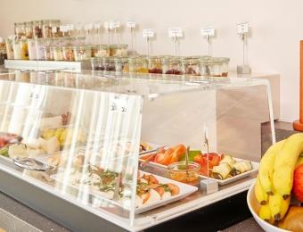 FLOTTWELL BERLIN Hotel & Residenz am Park - Breakfast Buffet