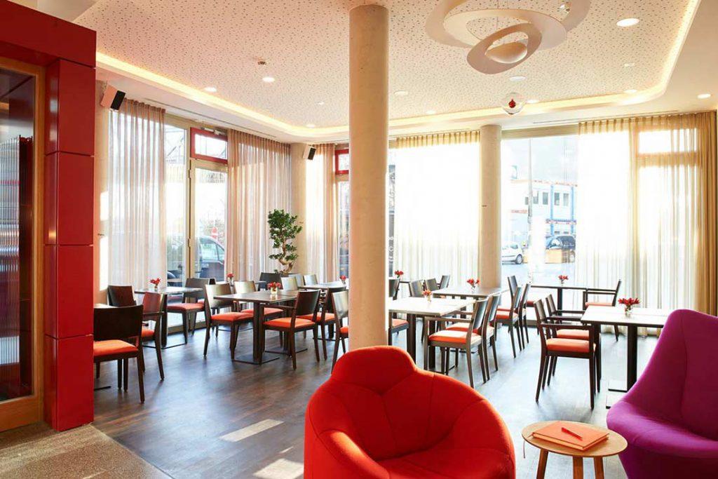 FLOTTWELL BERLIN Hotel - Blick in die LobbyFLOTTWELL BERLIN Hotel - Blick in die Lobby