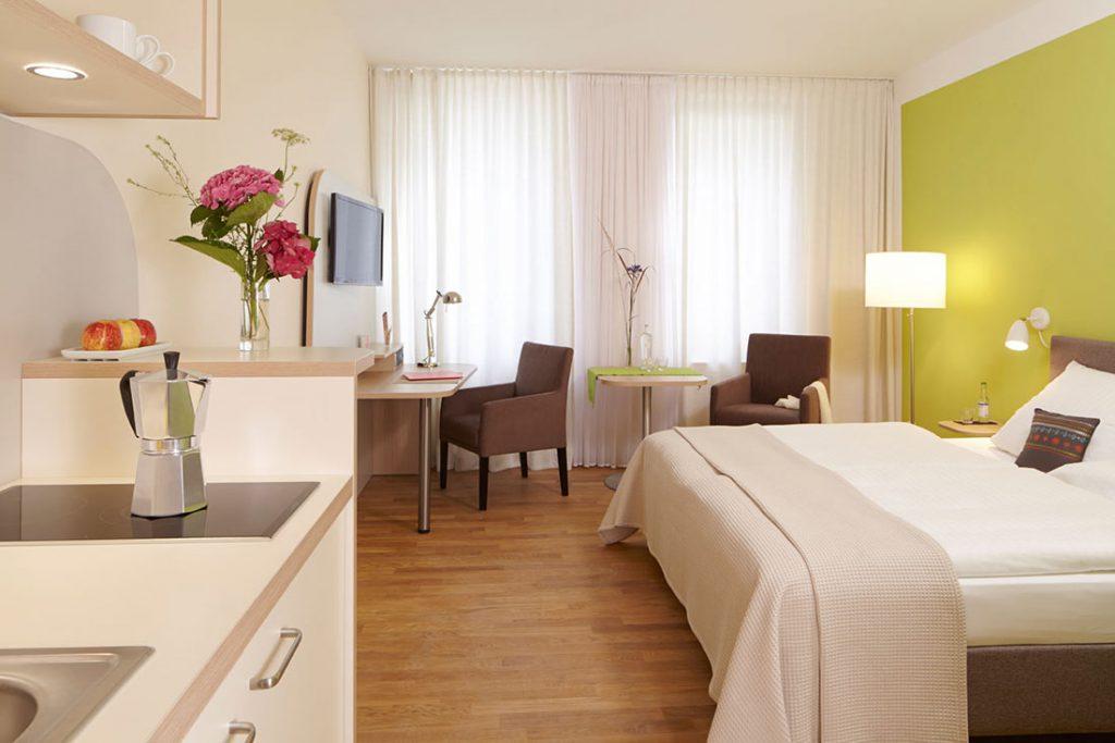 FLOTTWELL BERLIN Hotel - Zimmer-Ansicht