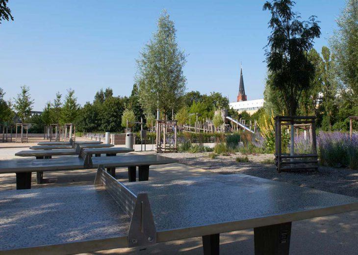 FLOTTWELL BERLIN Hotel - Park am Gleisdreieck - Tischtennisplatten