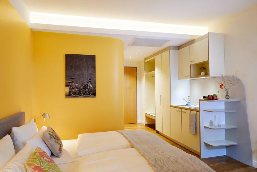 FLOTTWELL BERLIN Hotel - Zimmer mit Kitchenette