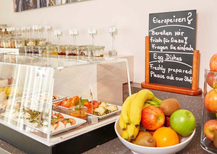 FLOTTWELL BERLIN Hotel - Frühstücks-Buffet