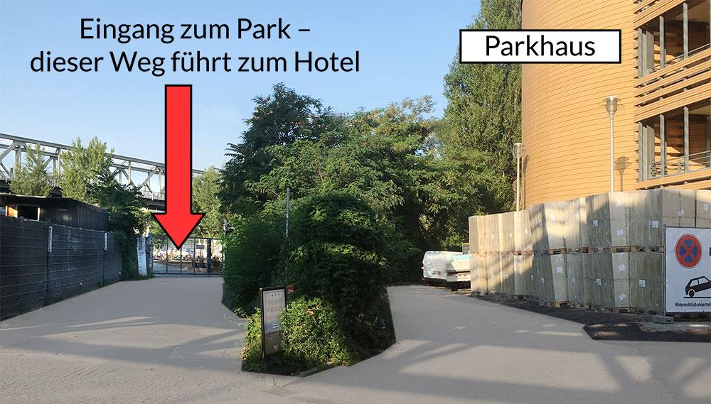FLOTTWELL BERLIN Hotel - Eingang Park