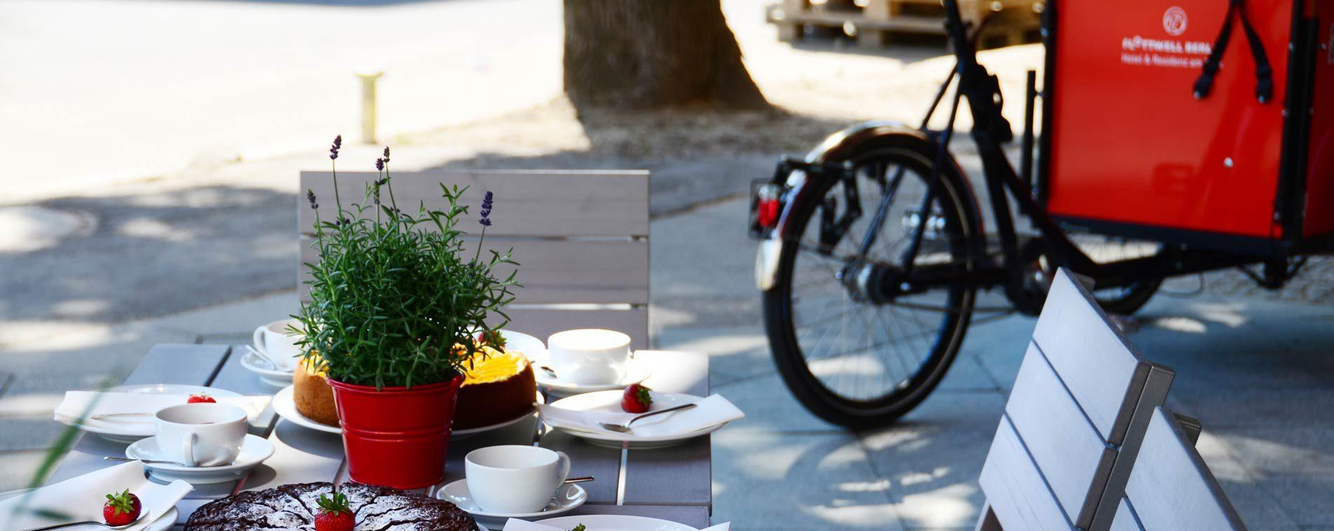 FLOTTWELL BERLIN Hotel - Terrasse